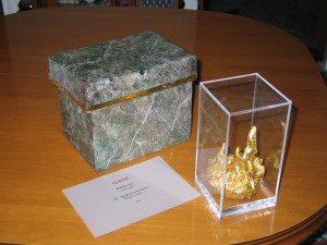 CRAFT WORK FLAME GOLD WITH CRAFTED GIFT BOX PAINTED FOR MARBLE GREEN